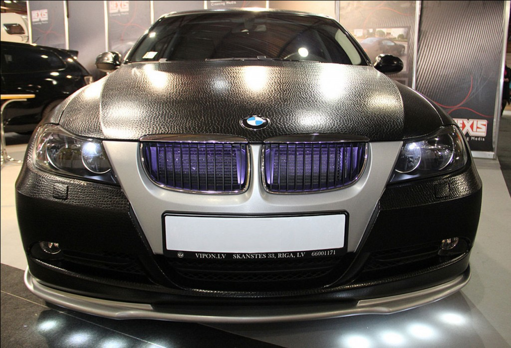 textured_bor_exclusive_leather-BMW